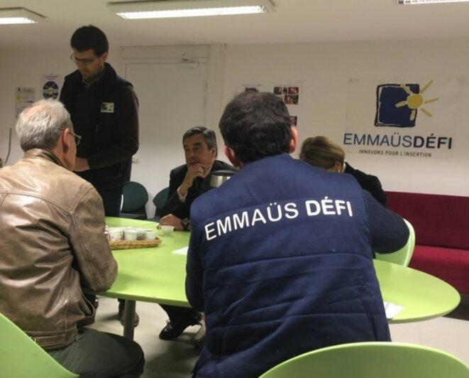François Fillon en visite à Emmaüs