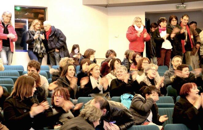 """Lors d'une AG des """"l'Ormeau"""", lundi 3 janvier à la bourse du travail de Tarbes. © Emmanuel Riondé"""