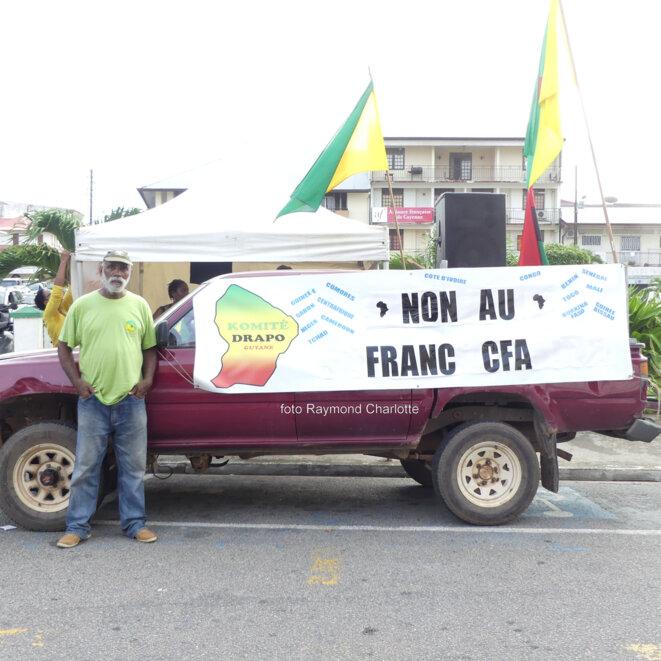 M. Servais ALPHONSINE (Co-fondateur du Komité Drapo, KD), Place du marché, Cayenne, le 7 janvier 2017. © Raymond Charlotte.