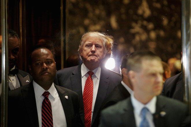 Doanld Trump en el ascensor de su Trump Tower el 9 de enero de 2017. © Reuters