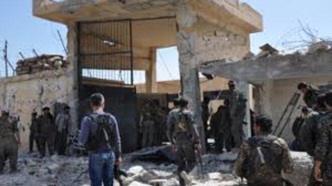 la prison de Qamishlo après de violents combats entre les YPG et le régime