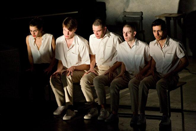 """des acteurs du groupe 42 dans """"Shock corridor"""" © Jean-Louis Fernandez"""