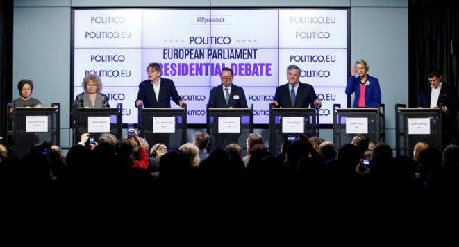 Débat entre les candidats, le 11 janvier à Bruxelles. © REUTERS