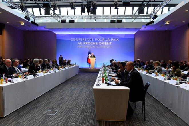 Le discours de François Hollande, dimanche 15 janvier. © REUTERS