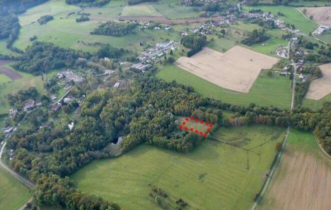 Photo du site d'enfouissement des 5200 tonnes de lindane en Haute-Saône [deux de mes proches ont pris les photos au sol et dans les airs]