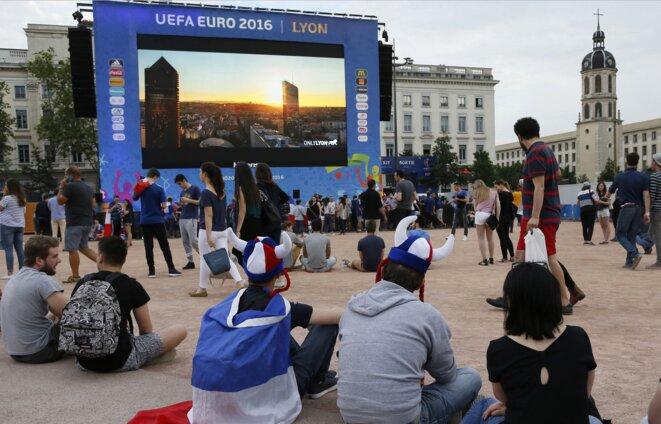 Place Bellecour, « fan zone » de Lyon © Reuters