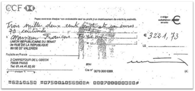 Exemple d'un chèque illégal perçu par le sénateur François Fillon © Mediapart