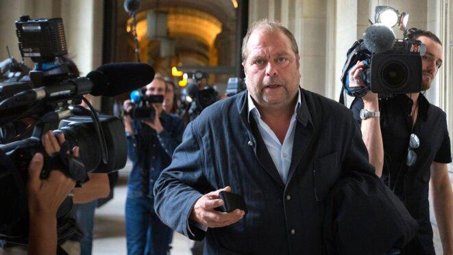 l-avocat-francais-eric-dupond-moretti-a-son-arrivee-au-tribunal-a-paris-pour-une-audience-de-son-client-abdelkader-merah-frere-de-mohamed-merah-4867149-6