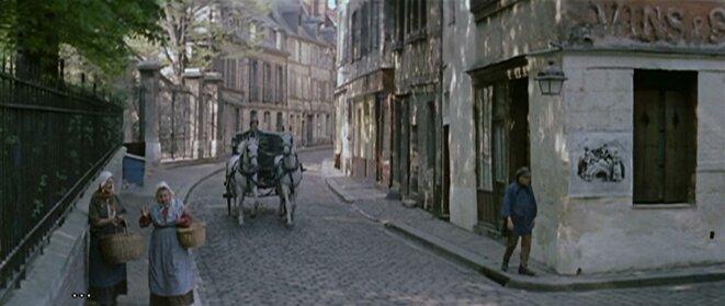 Îlot B disparu (quartier bas Saint-Nicaise). Rue Abbé-de-l'Épée, transformée en rue du vieux Paris d'Eugène Sue par André Hunebelle, le temps d'un tournage, en 1962