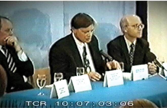 """Andrew Wakefield à la conférence de presse pour lancer l'article du """"Lancet"""""""