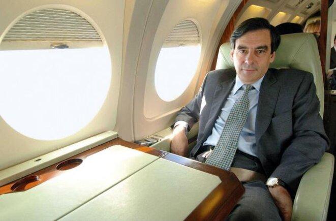 les-voyages-en-avion-prive-de-francois-fillon-payes-par-l-ump