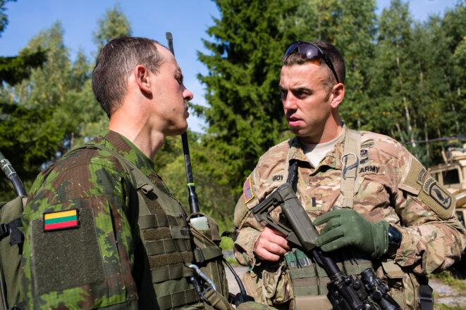 Août 2015 en Lituanie. Des soldats lituaniens et américains s'entraînent sous l'égide de l'Otan © Jan Zappner.