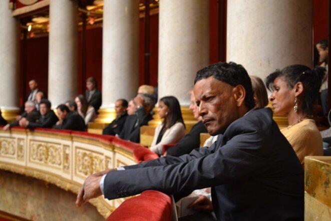 Des victimes des déplacements forcés à l'Assemblée nationale, en 2014, lors du vote de la résolution © Julien Sartre