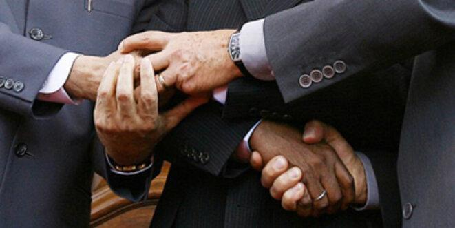 Il faut se donner la main... Foto: Ricardo Stuckert / www.agenciabrasil.gov.br/ / Wikimedia Commons / CC-BY-SA 3.0