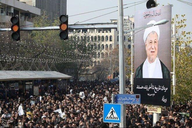 Les obsèques de Rafsandjani, en janvier. Une foule de plus d'un million de personnes © Reuters