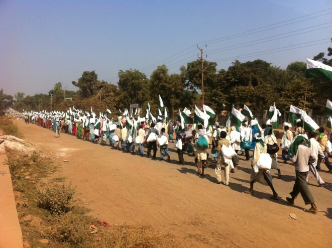 Jan Satyagraha, route de Gwalior, oct. 2012 © Benjamin Joyeux