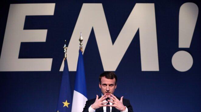 Emmanuel Macron présente son projet, à Paris, jeudi 2 mars