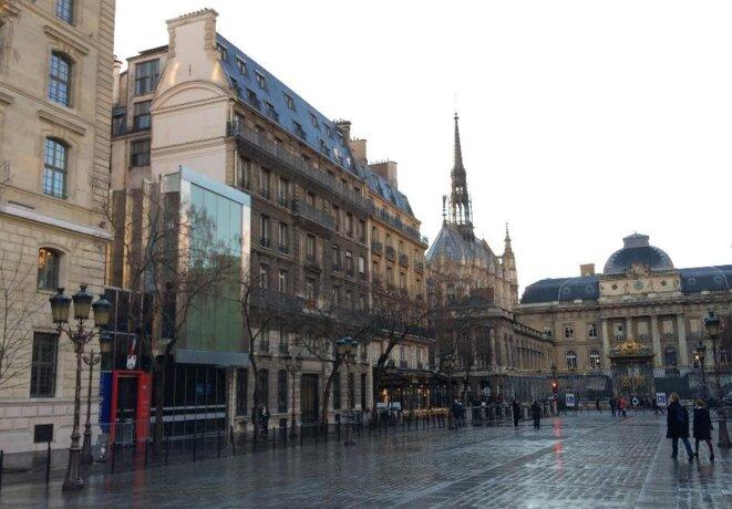 Place Louis Lépine / de Lutèce ?