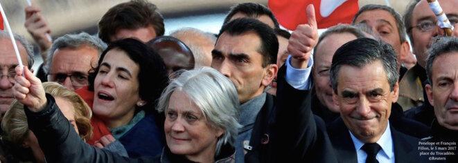 François et Penelope Fillon, le 5 mars 2017, place du Trocadéro. © Reuters