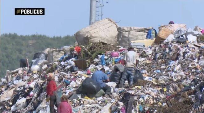 La décharge de Sharra, près de Tirana. Capture d'écran d'un documentaire censuré par une télévision albanaise