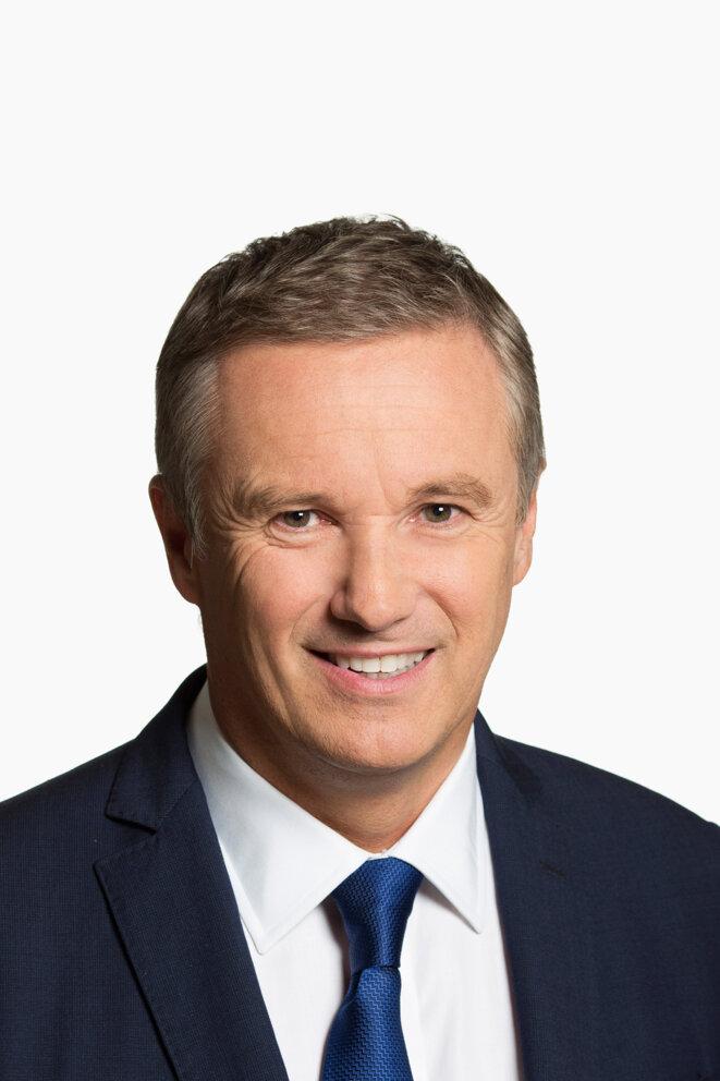 Nicolas Dupont-Aignan, Président-fondateur de DEBOUT LA FRANCE (DLF) et Candidat à la Présidentielle 2017 © DEBOUT LA FRANCE (DLF)