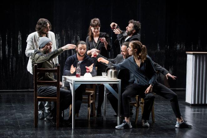 """Scène du spectacle """"Les bas-fonds"""" © brigitte Enguerand"""