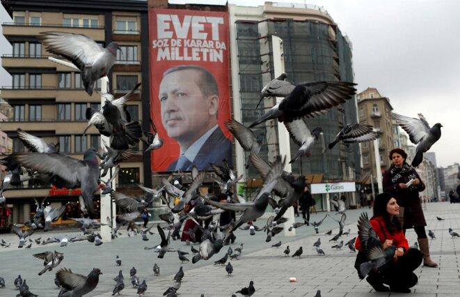 Place Taksim, pour le oui. © reuters