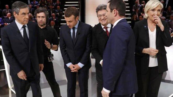 Les cinq candidats invités par TF1 lundi 20 mars. © Reuters