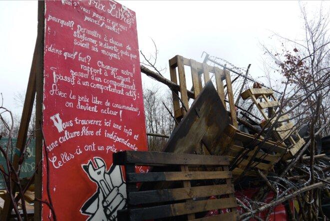 Barricade dans le bois Lejuc, janvier 2017 (JL)