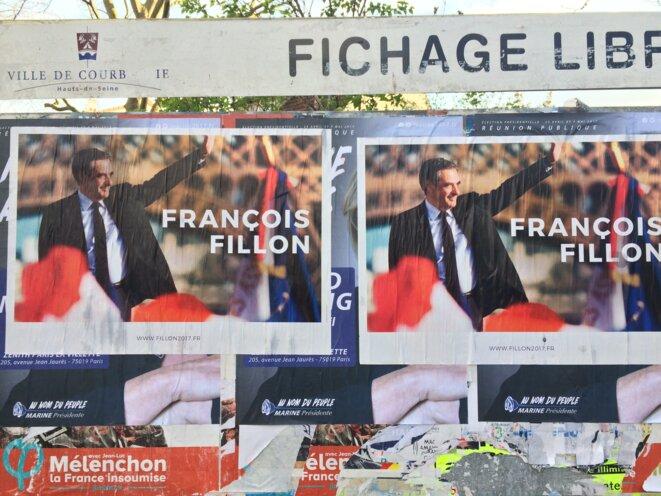 Affichage à Courbevoie © ES