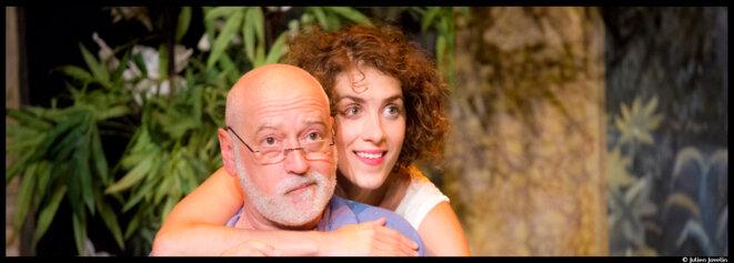 Salomé Villiers dépoussière Marivaux et livre une version pop acidulée du Jeu de l'amour et du hasard. © Julien Jovelin