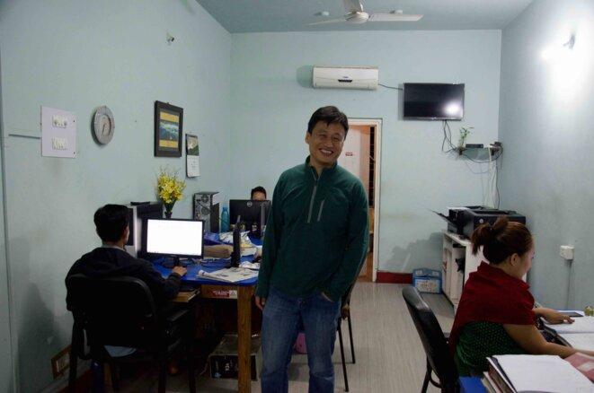 Aküm Longchari dans la salle de rédaction du Morung Express, à Dimapur © GD (mars 2017)