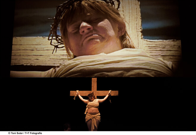 """Scène du spectacle """"Les 120 journées de Sodome"""" © Toni Suter"""