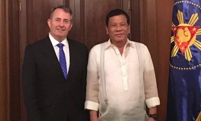 Liam Fox et Duterte le 4 avril © British Embassy in Manilla