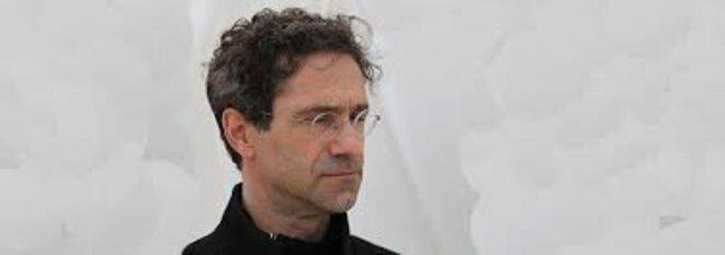 DR Daniel Danis