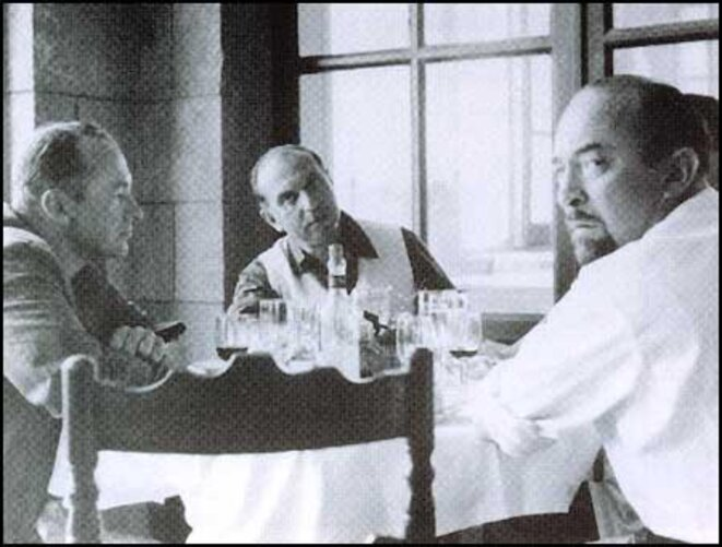 CIA Agent and Head of the CCF Michael Josselson (centre) in a working lunch in Paris with John Clinton Hunt (left) and Melvin Lasky. (DR)
