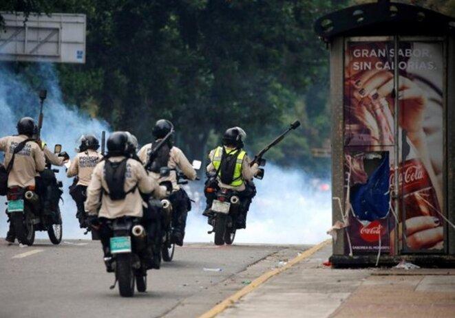 La police anti-émeutes à Caracas. © Reuters