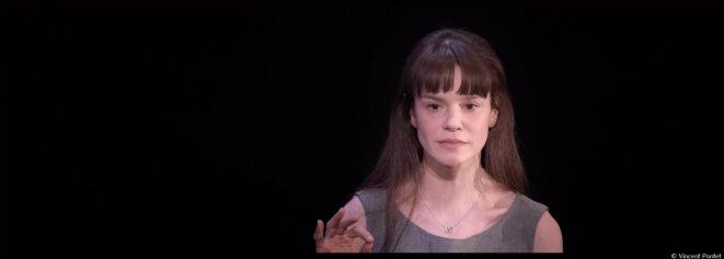 Au studio de la Comédie-Française, Françoise Gillard donne chair à L'événement d'Annie Ernaux © Vincent Pontet