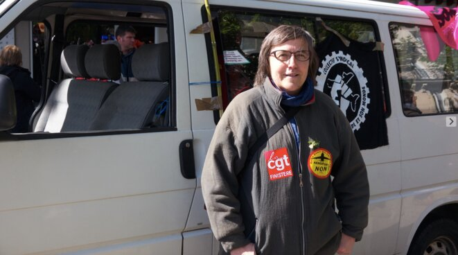 Sylvie, militante de la CGT Finistère, à Nantes, le 1er mai (JL)