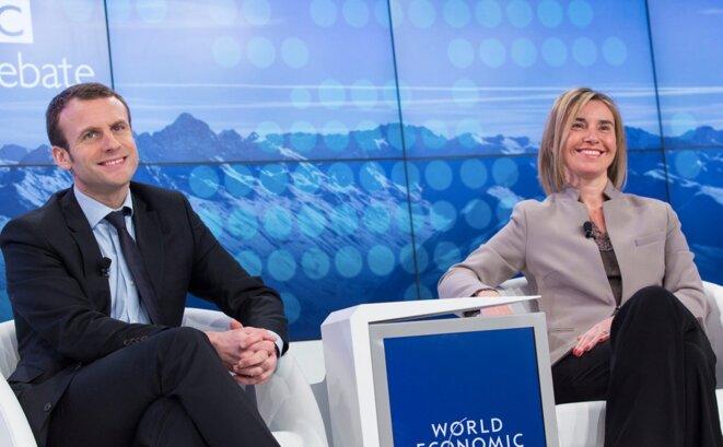Emmanuel Macron et Federica Mogherini © Commission européenne.