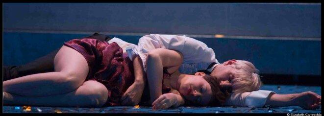 Dans Songes et métamorphoses aux Ateliers Berthier, Guillaume Vincent unit pour le meilleur et pour le rire Shakespeare et Ovide. © Elizabeth Carrecchio