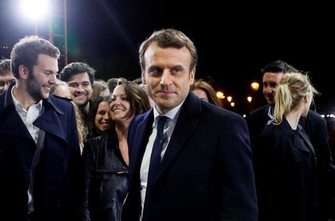 Emmanuel Macron au Louvre, dimanche 7 mai © Reuters
