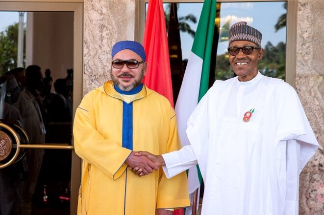 Le Roi Mohammed VI du Maroc et le Président Mouhammadu Bouhari du Nigéria