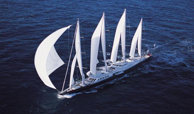 Le « Phocéa », construit en 1976 pour le navigateur Alain Colas, était à l'époque le plus grand voilier du monde (72 mètres) © D.R.