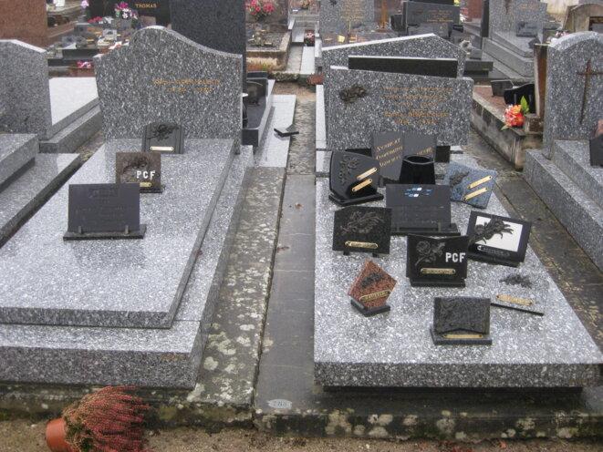 Au cimetière d'Ygrande. © Hélène Staes