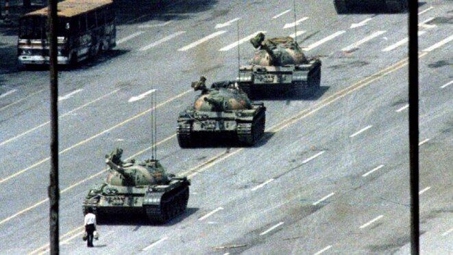 Place Tiananmen, le 5 juin 1989. © Reuters