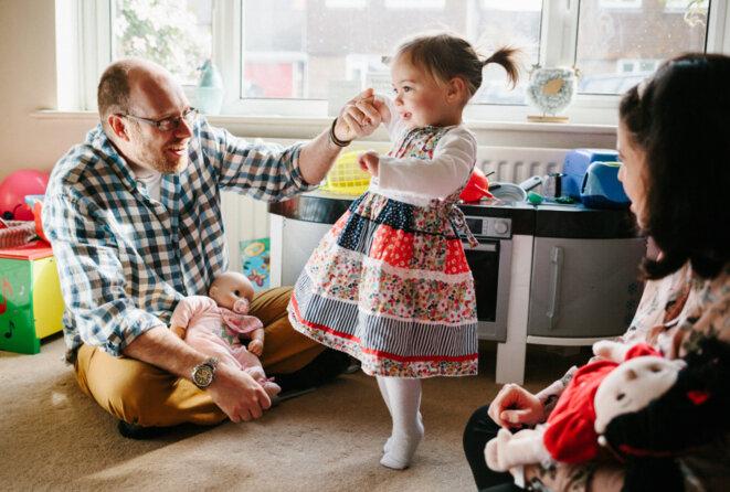 Gillan et Lizzie Drew, avec leur fille Izzie © Spectrum News