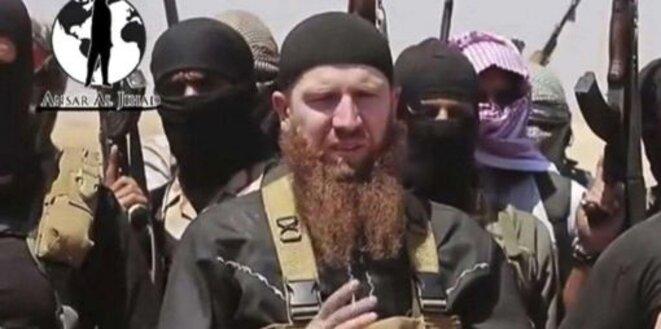 Abou Omar Al-Chichani, commandant tchétchène qui combattu en Syrie jusqu'à sa mort en juillet 2016, dans une image fournie par le groupe Etat islamique en juin 2014.