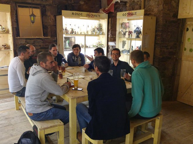 Les développeurs de Rodez qui se réunissent lors d'Apéros © Dev'In Rodez