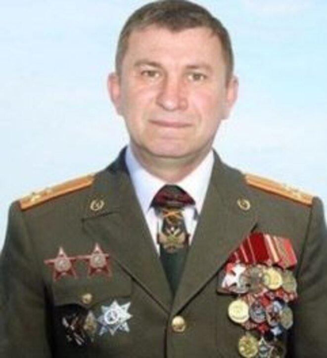 Sergey Dubinsky en uniforme de colonel de l'armée russe. Source : Bellingcat